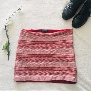 $5 W/ BUNDLE Banana Republic Geometric Skirt